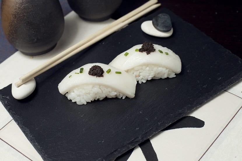 Sushi con pez mantequilla